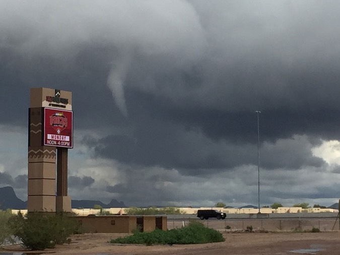 funnel-cloud-002